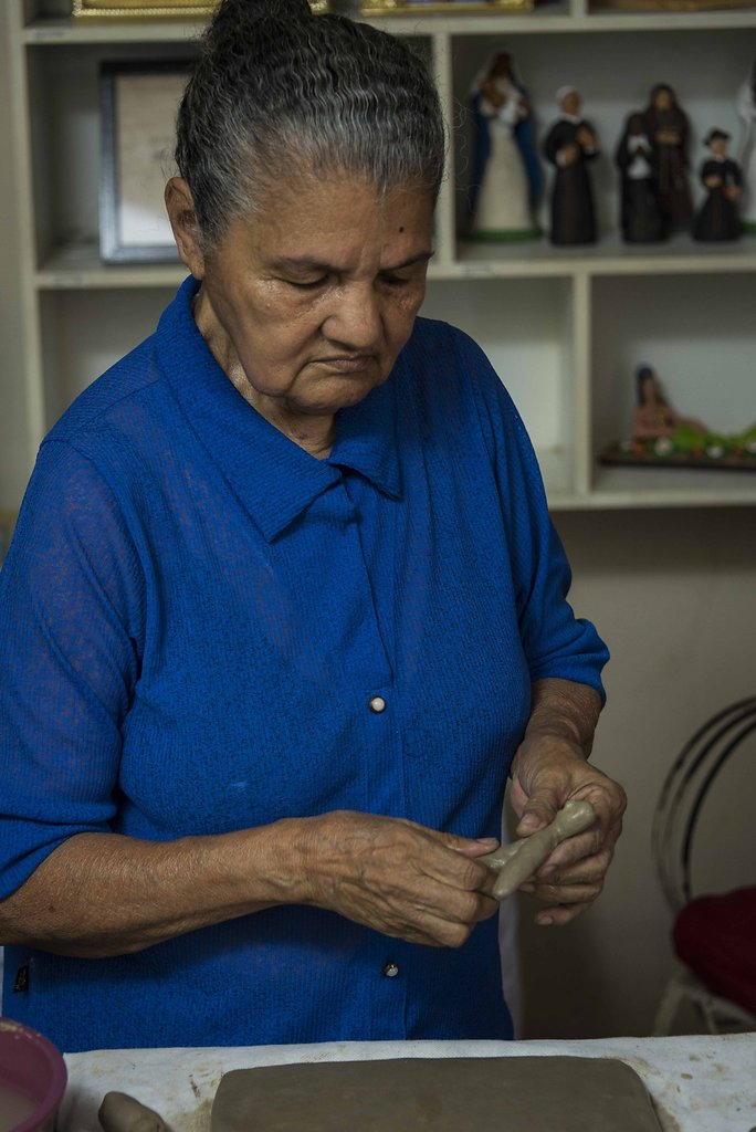 Argila. Mestre Maria de Lourdes. CE.